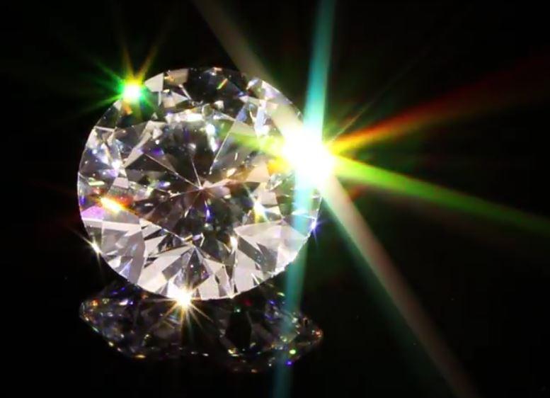 サンシャインオブティースはダイヤモンドの輝き